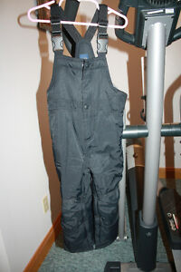 Gap black size 3 years primaloft snowpants