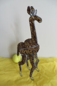 beaded wire giraffe