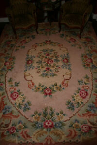 LOVELY LARGE ANTIQUE CARPET 1920