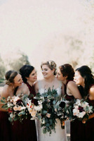 Professional reliable traveling beauty wedding services