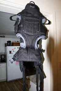 Snugli Baby Carrier for Sale Prince George British Columbia image 2