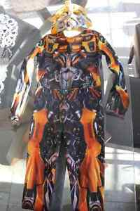 Costume d'halloween transformer small pour $10.