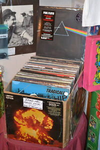 RECORDS! CDs! TAPES!  AFFORDABLE TURNTABLES! RECEIVERS! SPEAKERS Windsor Region Ontario image 9