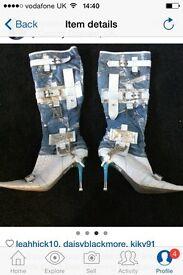 El dante knee boots