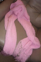 Knitted scarf/pashmina
