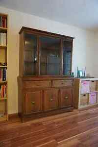 MOVING SALE: Impressive China Cabinet in very great condition
