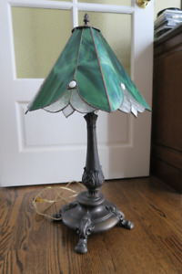 Green Stained Glass & Bronze Table Lamp