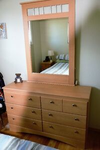 6 Drawer Dresser Complete with Mirror