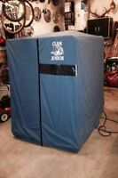- Ice fishing shack / hut & a ice auger