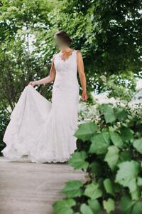 Stunning Maggie Sottero Wedding Dress