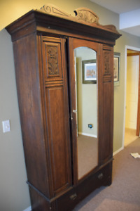 Oak wardrobe, imported from England, silklined, handcut dovetail