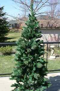 6.5ft Prelit Christmas Tree & 4.5ft Decorated Tree
