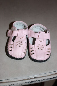 Baby girl Pediped shoes London Ontario image 1