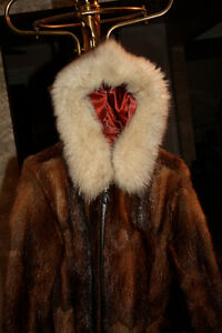 Hand Crafted Eskimo Fur Coat Cornwall Ontario image 4