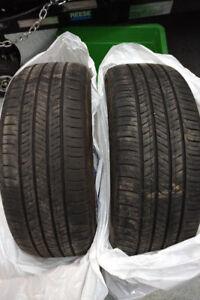 2 pneus d'été 215/55/17 94H..... Hankook