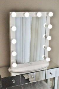 Hollywood Vanity Mirror with LED Light Bulbs and Dimmer BrandNew