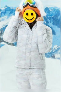 NEW puffer jacket hooded with built in handwarmers fit M