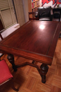Old tymey dining room table