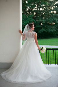 Illusion Neckline Tulle & Lace Ball gown (Size 8)