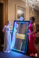 The magical mirror photobooth. Make your event truly standout!