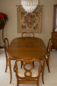 Gibbard cherry wood dining table with 4 matching chairs