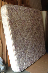 Queen sized mattress and box spring EUC | Beds & Mattresses | Port ...