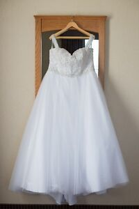 Wedding Dress! Kitchener / Waterloo Kitchener Area image 1
