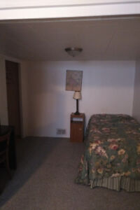 Bachelor suite at 2030 Pine Street