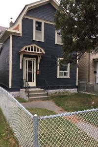 5 bedroom home for rent asap in quiet East Elmwood