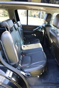 NISSAN Pathfinder LE 4X4 2008 fully loaded. Excellent condition London Ontario image 6