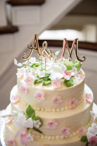 Cake topper, A & M letters, gold!  Only 10$!