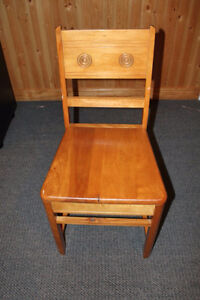 Antique wooden chair Cornwall Ontario image 1