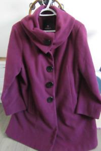 Manteau dame et foulards et autres...