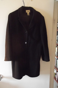 LL Bean Ladies Winter Coat Wool & Cashmere Size 14 Petite
