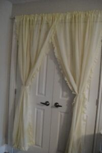 "2 Pieces of Tulle Voile Door Window Lace Curtain size 140""x 78"""