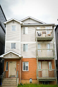 4 Bedroom upstairs apartment Centretown- May 1st