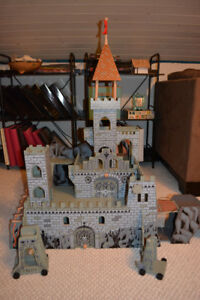 Imaginarium Wooden Castle + 2 Dragons & Miniature Knights