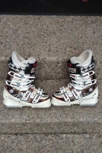 Womens Ladies Soloman Ski Boots - Clean inside & out - LOOK Now