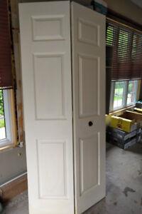 "Bi-fold closet door 36""x 79""Colonial style, 6 panel, white"