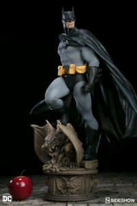 Sideshow Collectibles DC Comics Batman Premium Format