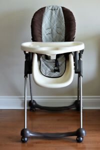 Eddie Bauer adjustable high chair - Meal time