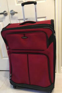 SAMSONITE SOFE BODY LUGGAGE  SUITCASE USED