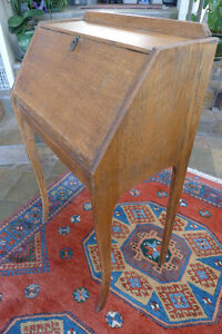 ANTIQUE OAK 'BONHEUR-DU-JOUR' DESK North Shore Greater Vancouver Area image 2