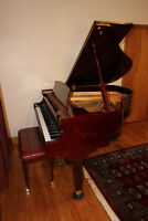 DH Baldwin C152 Piano  Baby Grand
