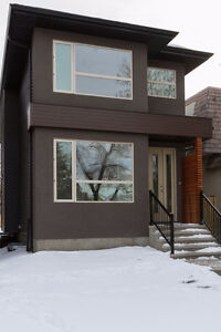 Legal Basement Suite in New home minutes from U of A