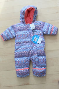 NEW with tags Columbia down snowsuit, size 3-6m