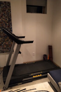 TREADMILL - like new for sale!