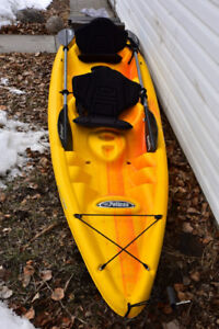Tandem 13' kayak with seats,paddles & roof carrier