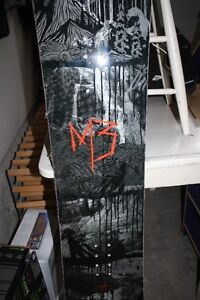 M3 Convoy 157cm Snowboard - NEVER USED! London Ontario image 1