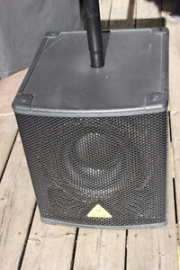 Behringer 500W powered sub